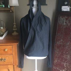 Lululemon wrap hoodie sz 6